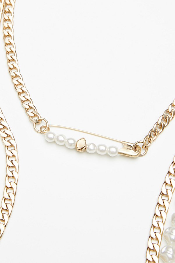 Slide View 4: Cydney Pearls Layered Necklace