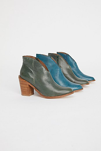 Everyday Heel Boot