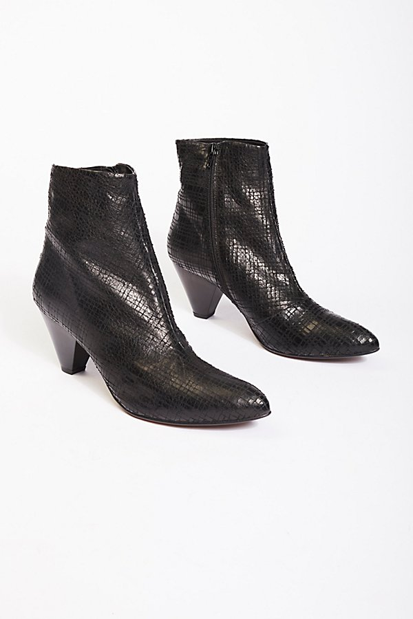 Slide View 2: Leather Aspect Heel Boot