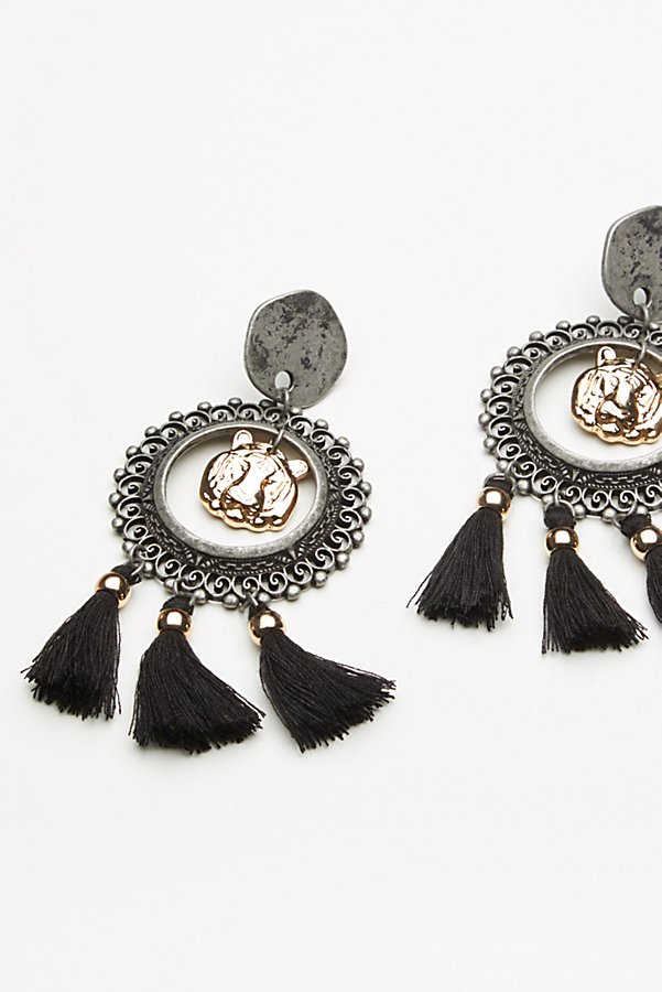 Slide View 2: Victorian Nights Earrings