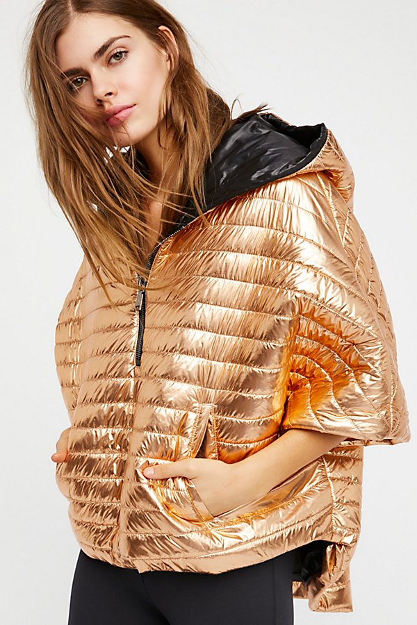Slide View 2: Lexington Cropped Puffer Cape