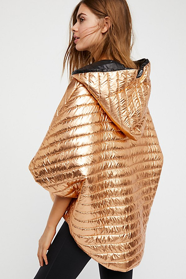 Slide View 4: Lexington Cropped Puffer Cape