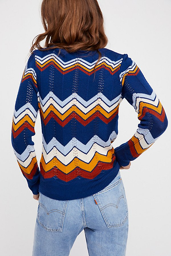 Slide View 3: Ziggy Pullover