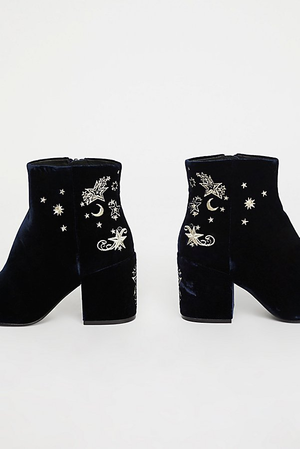 Slide View 3: Nadine Ankle Boot