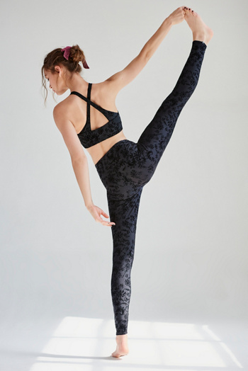 Slide View 4: Flocked Legging