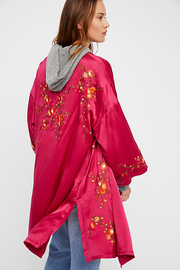 Slide View 7: Embroidered Silk Kimono