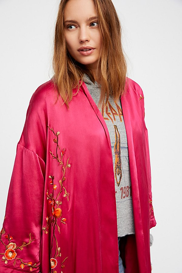 Slide View 9: Embroidered Silk Kimono