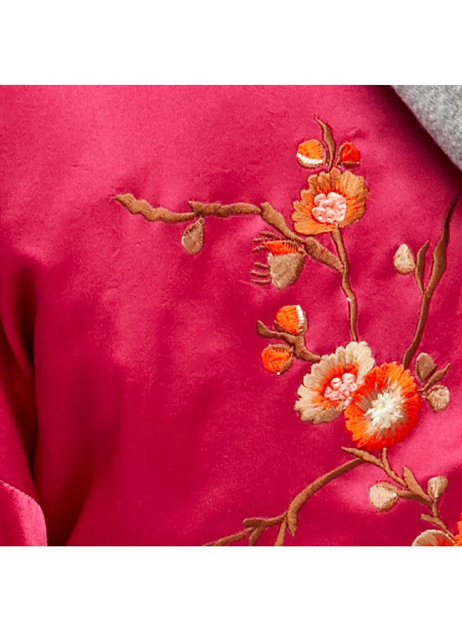 Slide View 11: Embroidered Silk Kimono