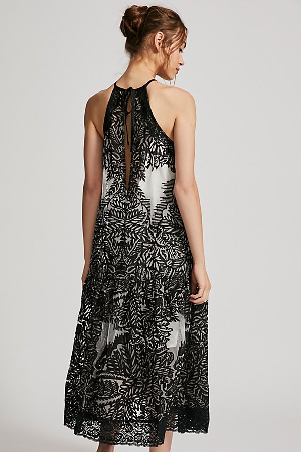 Slide View 3: Leave It Alone Midi Dress