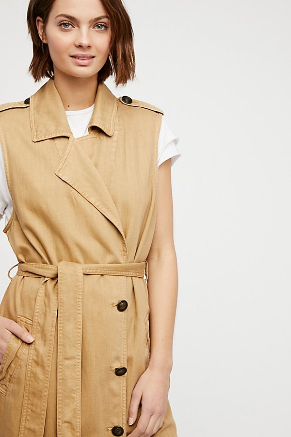 Slide View 3: Sleeveless Trench