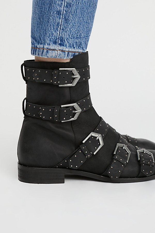 Slide View 2: Archer Ankle Boot