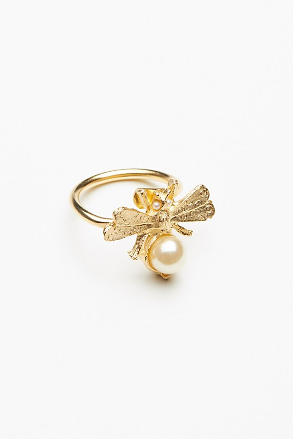 Slide View 2: Bumble Bee Pearl Ring