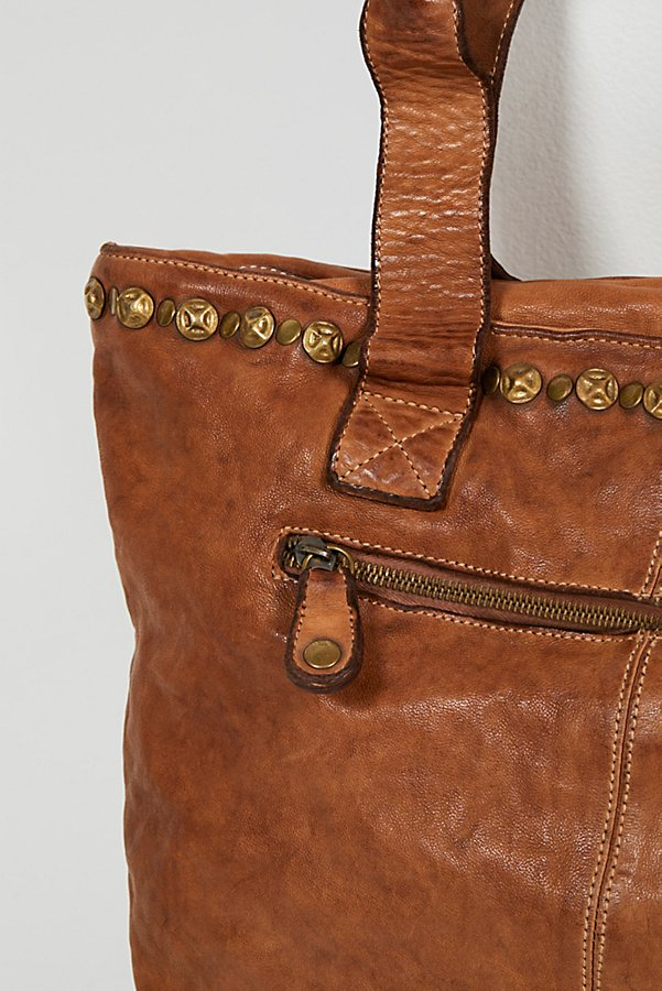 Slide View 3: Benevento Distressed Tote