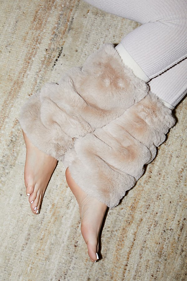 Slide View 1: Slopes Faux Fur Legwarmer