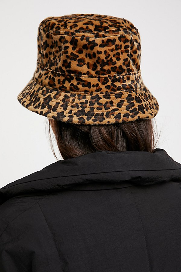 Slide View 2: Mary Kate Leopard Bucket