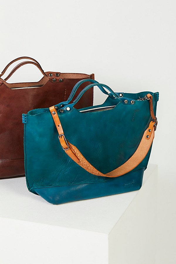 Slide View 2: Loveland Leather Tote