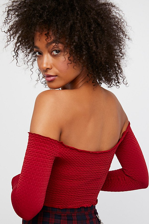 Slide View 2: Textured Long Sleeve Crop