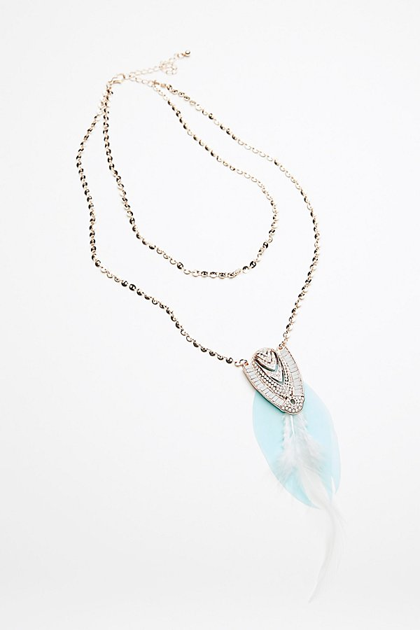 Slide View 3: Coin Chain Feather Pendant