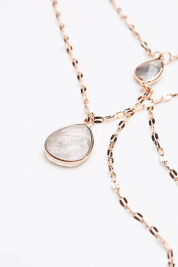 Slide View 4: Shimmer Chain Stone Necklace