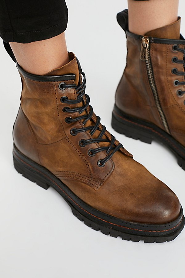 Slide View 3: Johnnies Lace-Up Boot