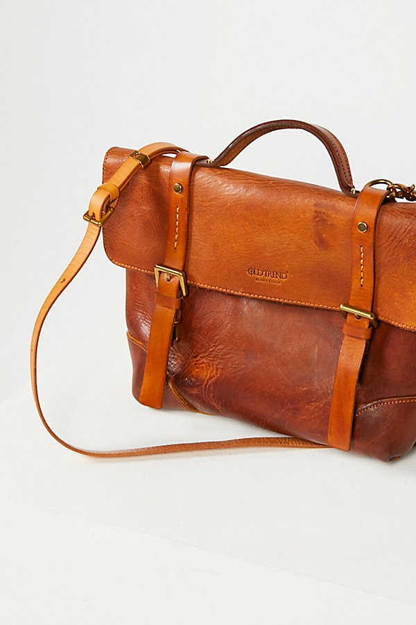 Slide View 2: Brookside Leather Messenger