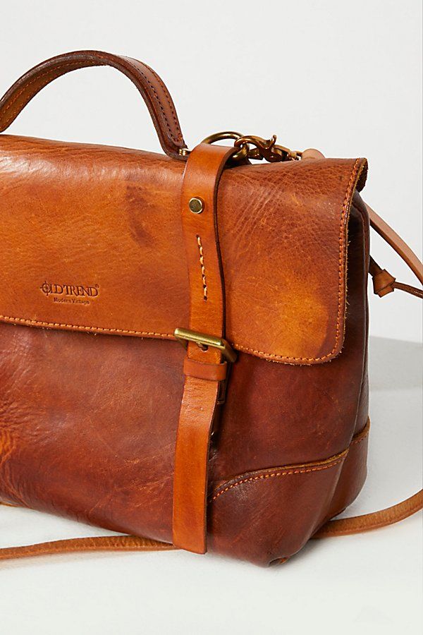 Slide View 3: Brookside Leather Messenger