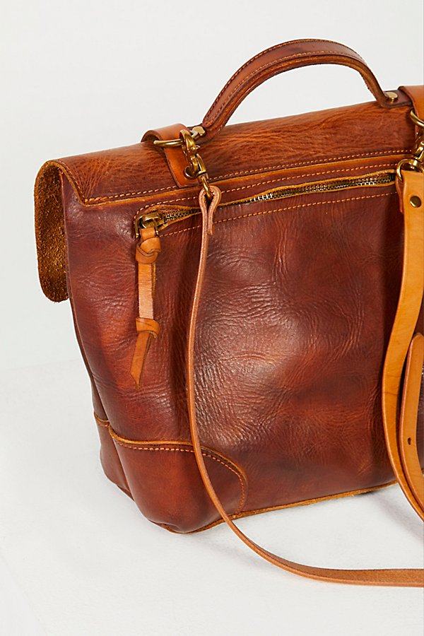 Slide View 5: Brookside Leather Messenger