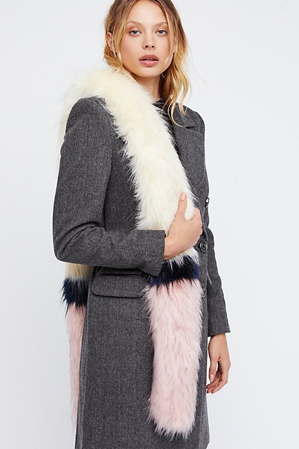 Slide View 1: Magic Touch Faux Fur Stole