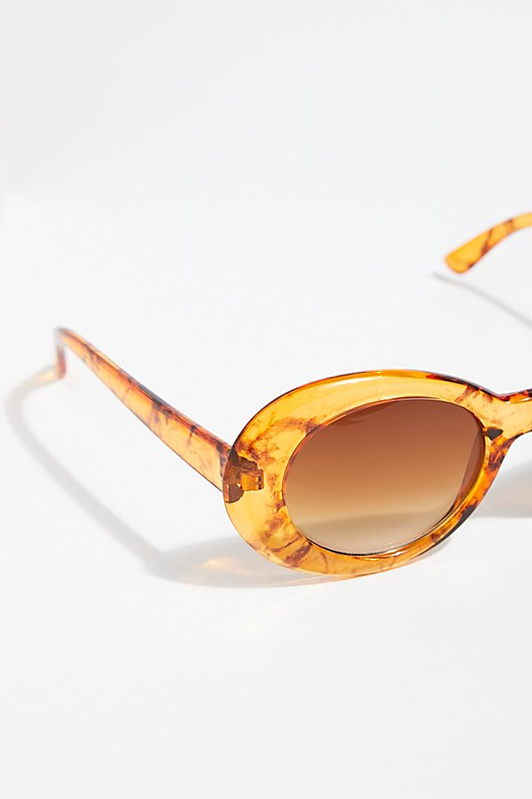 Slide View 3: Supernova Sunnies