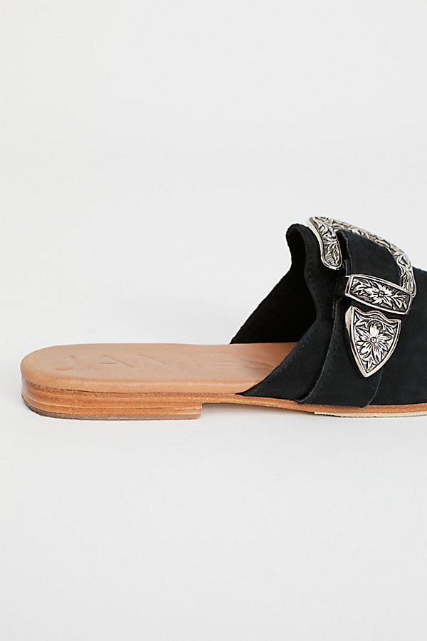 Slide View 4: Luxe Buckle Loafer