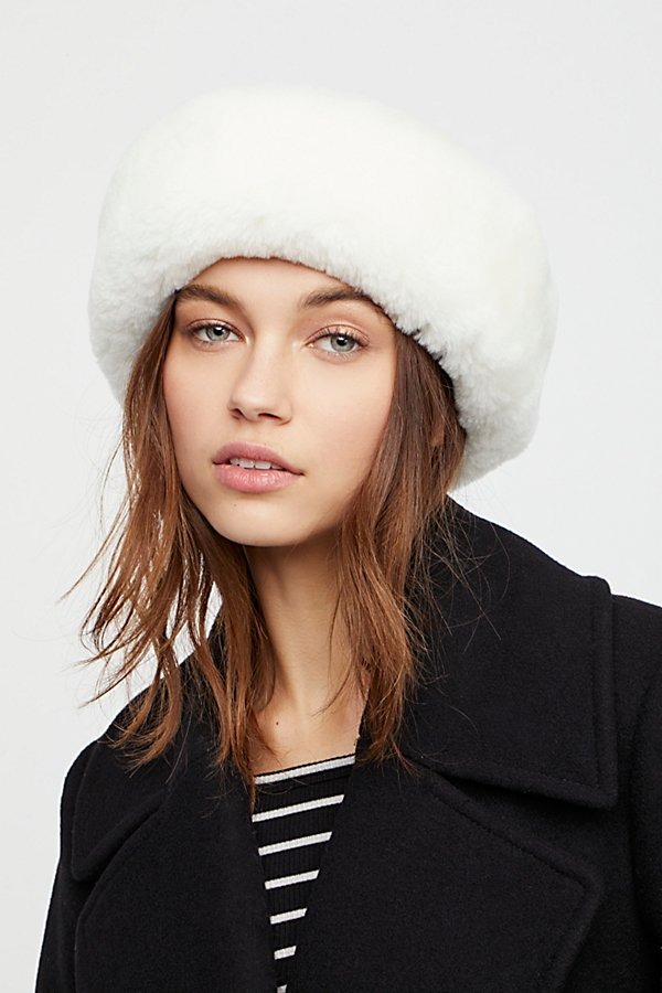 Slide View 1: Snowball Shearling Hat
