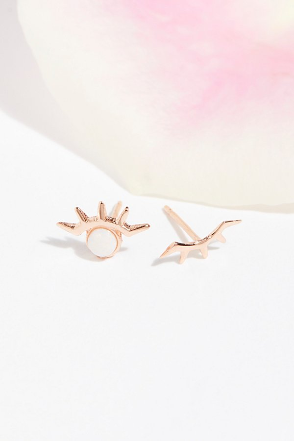 Slide View 1: Stone Eye Wink Studs