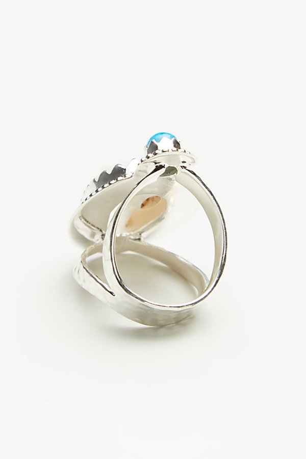 Slide View 4: Pisces Cowrie Stone Ring